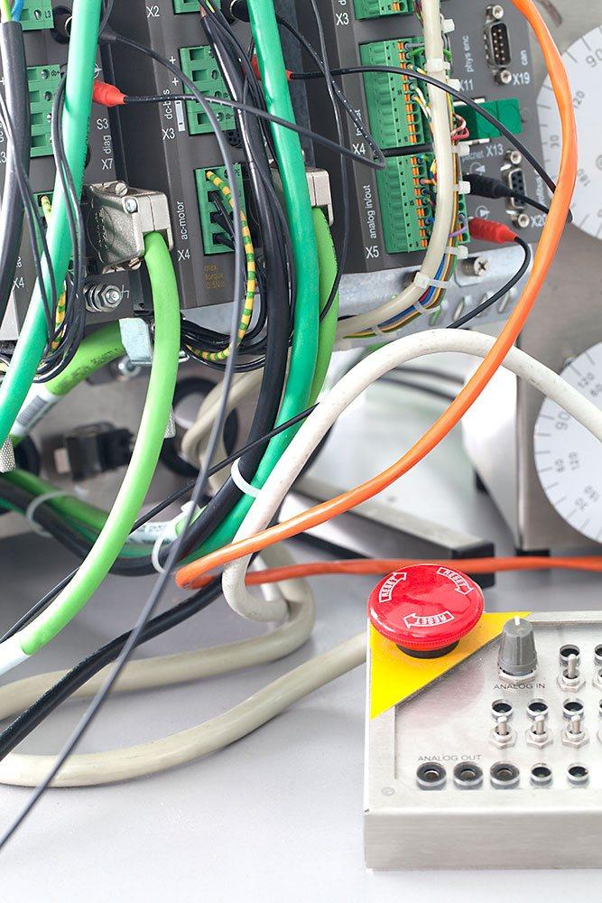 Elektronische Steuerungen bei CLEMENS